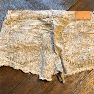 Level 99 Shorts - Level 99 - size 27 Jean shorts